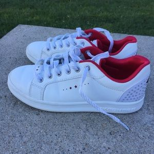 Skechers Youth Size 3.5 Canvas Lace Up Sneakers